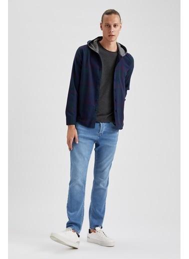 DeFacto Slim Fit Uzun Kollu Kapüşonlu Ekose Gömlek Lacivert